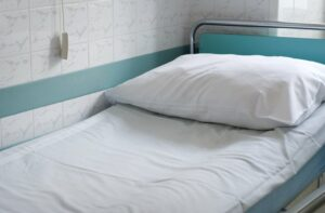 free bed in hospital room